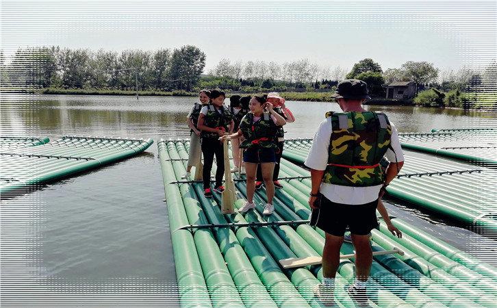 武汉亲子游好玩的项目,水上竹筏
