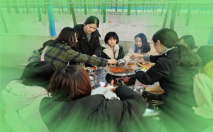 武汉乐农山庄户外烧烤BBQ