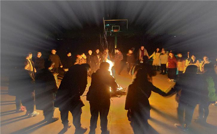 武汉篝火晚会,乐农湖畔农家乐篝火